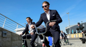 Alfredsson Says Karlsson Wants to Stay